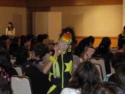 YENA☆のモットーは、はじける笑顔、笑顔、笑顔。